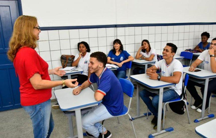 Professores aprovados no concurso de 2017 podem ser chamados pelo Governo da Bahia até junho