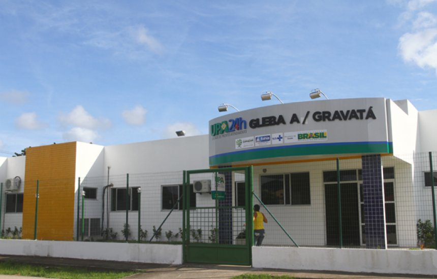 Esposa faz apelo por transferência de marido internado na UPA da Gleba A com Covid-19