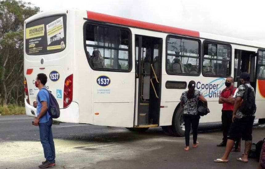['Passageiros saíram às pressas com medo de pegar fogo', diz usuário de transporte público de Camaçari]