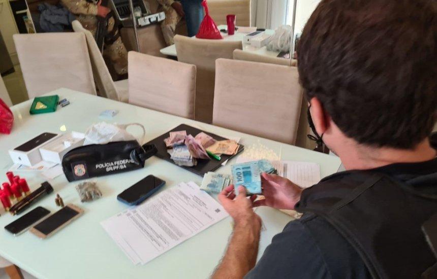 [Operação da PF contra grupo especializado no tráfico internacional de drogas cumpre mandados na Bahia e MS]