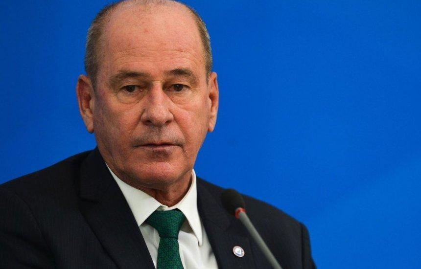 [Ministro da Defesa, Fernando Azevedo e Silva, anuncia que deixa o cargo]