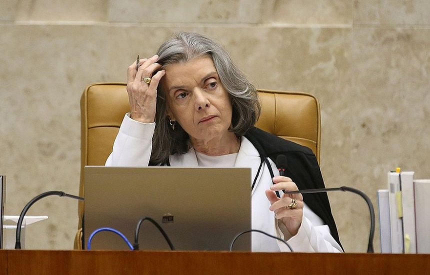 [Cármen Lúcia pede que Supremo julgue queixa-crime contra Bolsonaro por genocídio]