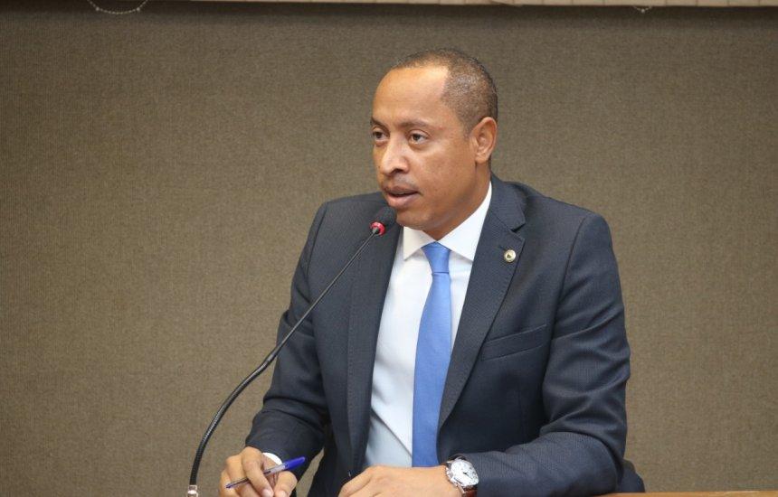 Jurailton propõe debate sobre situação da cratera na Ilha de Matarandiba, em Vera Cruz/BA