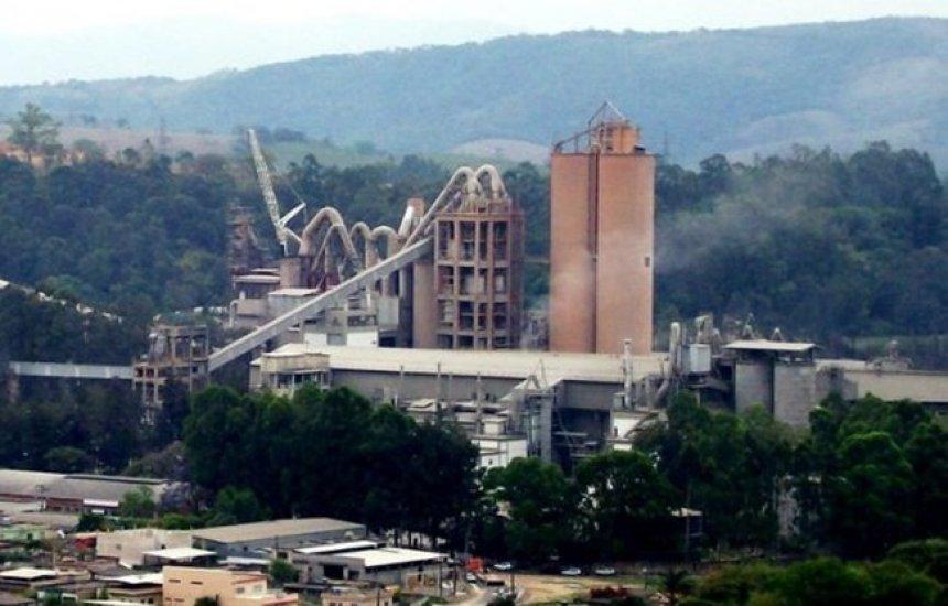 [Gigante do cimento LafargeHolcim decide vender operações no Brasil]