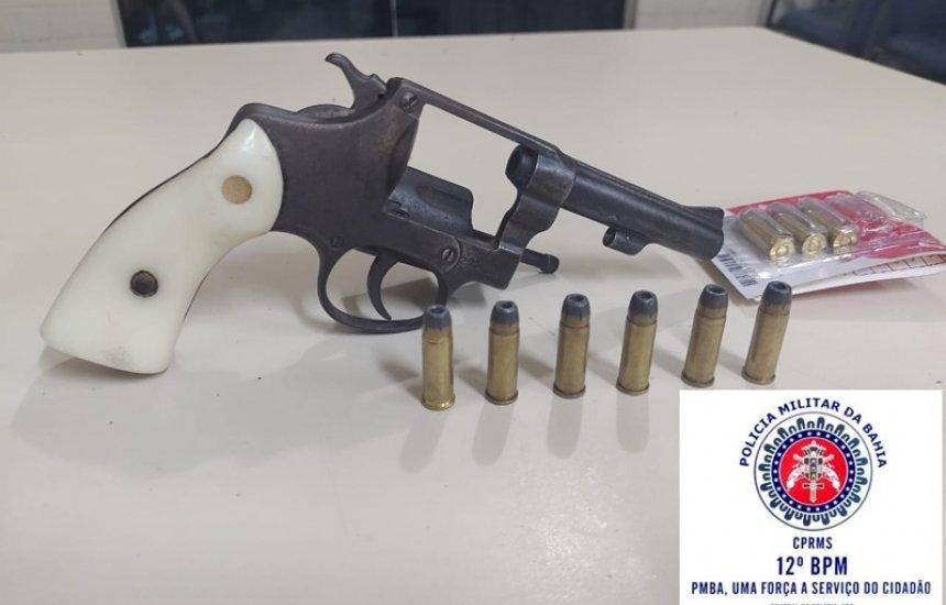[Duas armas de fogo são apreendidas durante operação da PM em Camaçari]