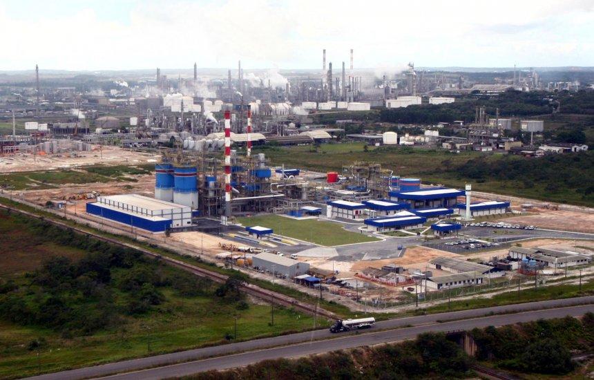 [Secretaria apoia setor petroquímico e defende manutenção do Regime Especial da Indústria Química]
