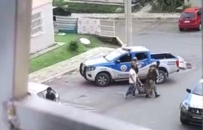 [Homem é morto após trocar tiros com a polícia em residencial do Jardim Limoeiro]