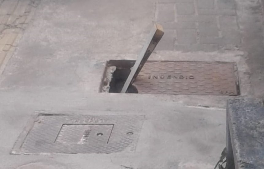 [Morador pede manutenção nas calçadas de Camaçari]