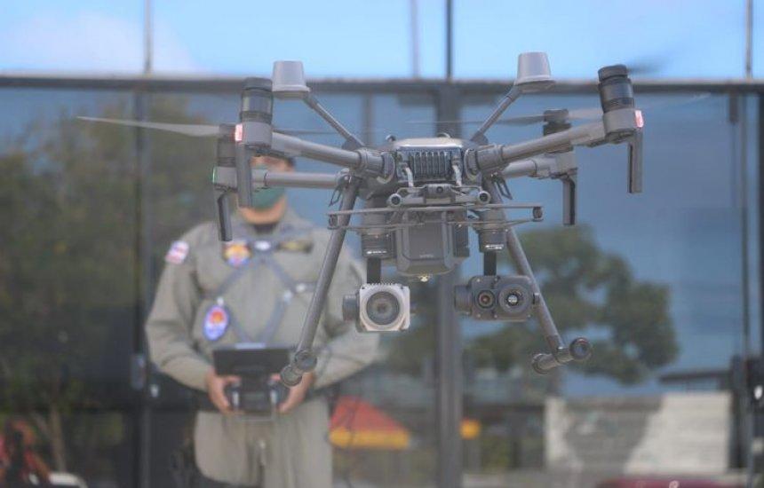 [Bombeiros e PM da Bahia recebem drones com transmissão de imagem online]