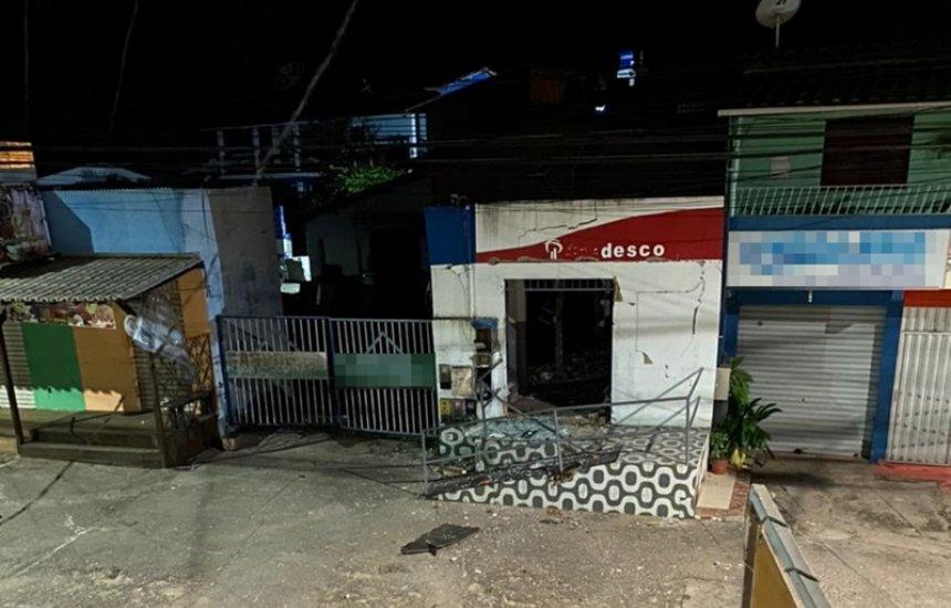 [Bandidos explodem posto bancário em Barra do Pojuca]