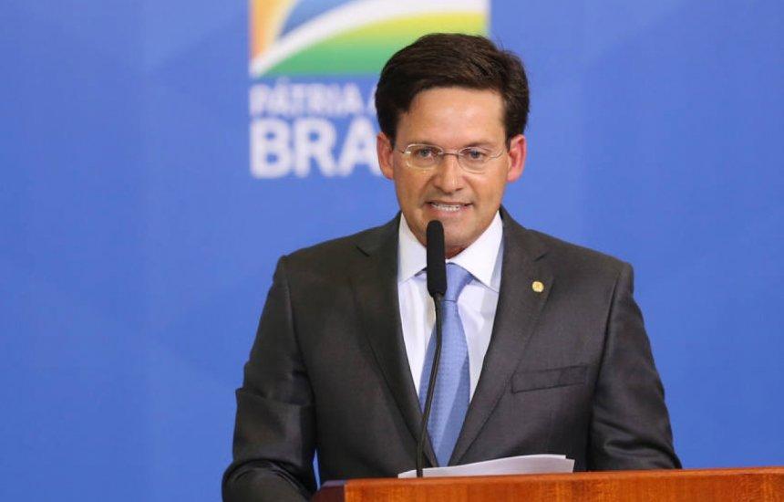 [Ministro João Roma afirma que novo Bolsa Família irá além do auxílio financeiro]