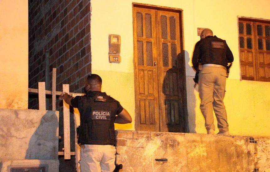 [Polícia faz operação contra o tráfico de drogas na Chapada Diamantina]