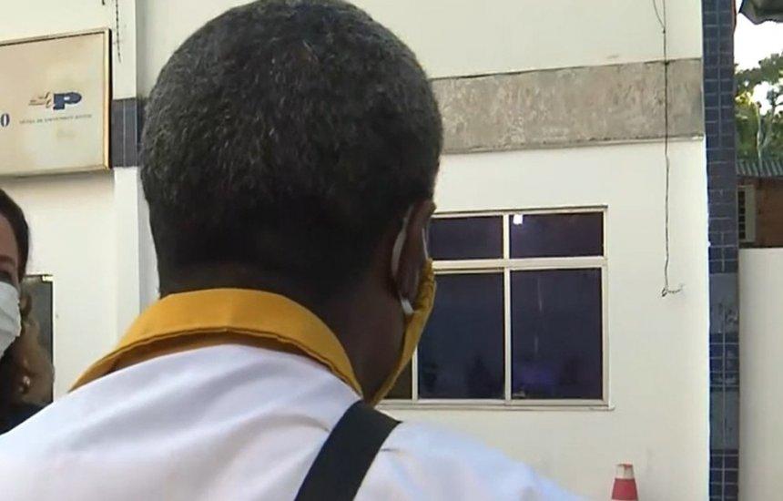 [Homem armado assalta ônibus em Salvador e motorista relata momentos de tensão: 'Botou arma na cabeça']