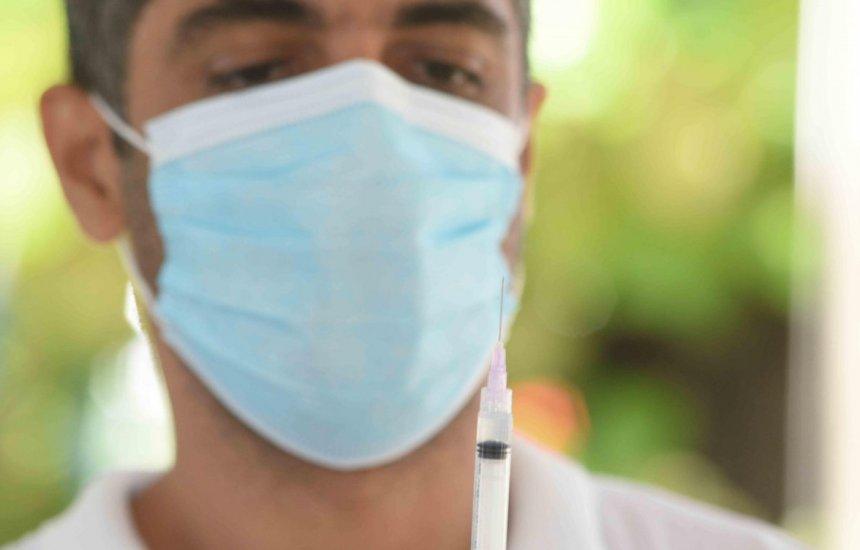 [Categorias protestam contra decisão da CIB que exclui grupos prioritários da vacinação]