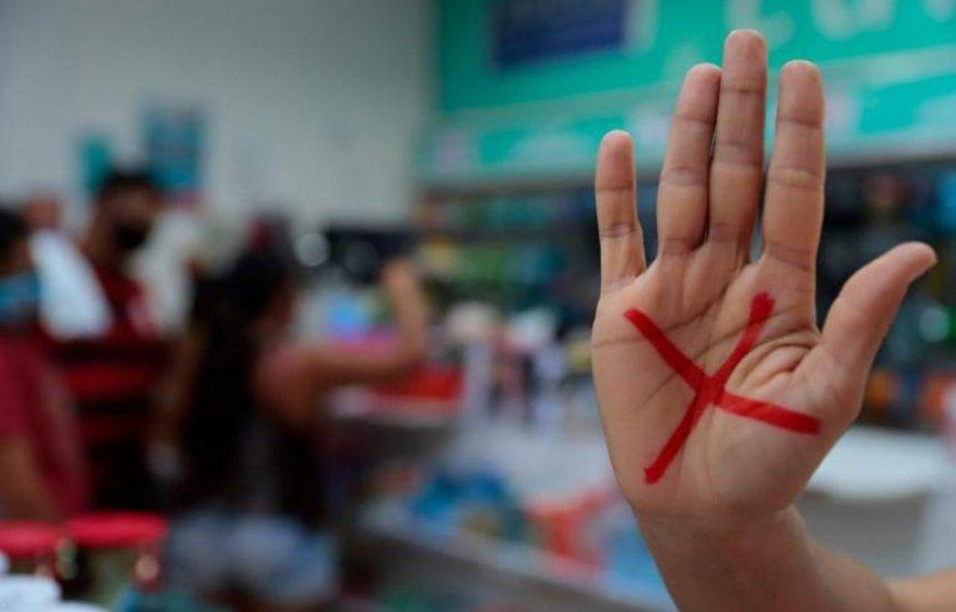 [Programa Sinal Vermelho Contra a Violência Doméstica entra em vigor]
