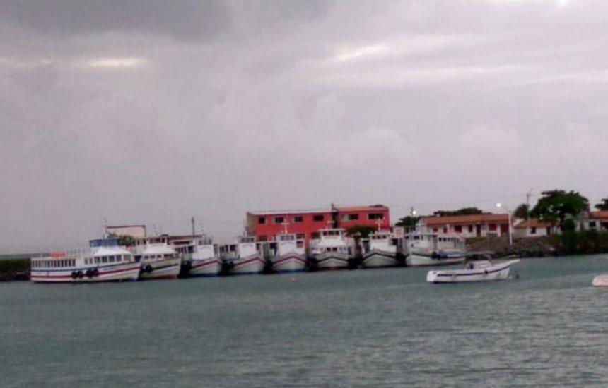 Travessia Salvador-Mar Grande é suspensa pelo 4º dia consecutivo por causa do mau tempo