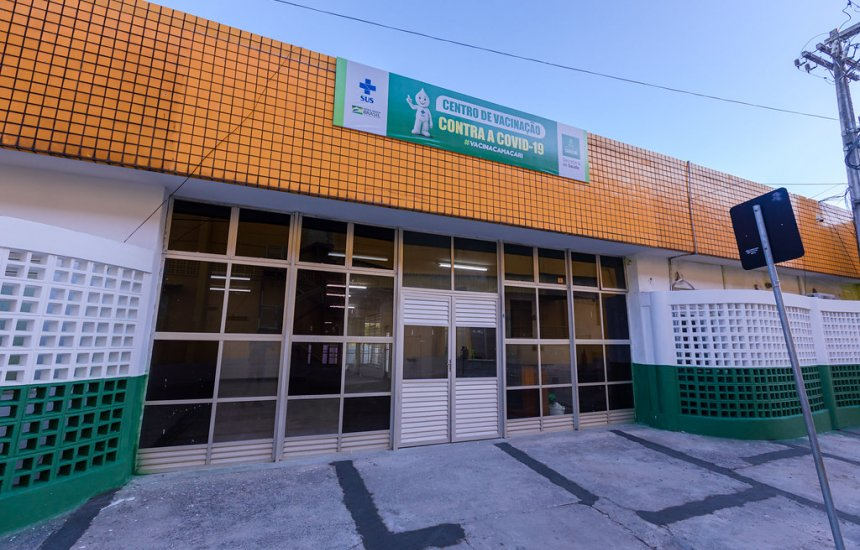 [Confira os locais e horários da vacinação contra Covid-19 em Camaçari nesta terça]