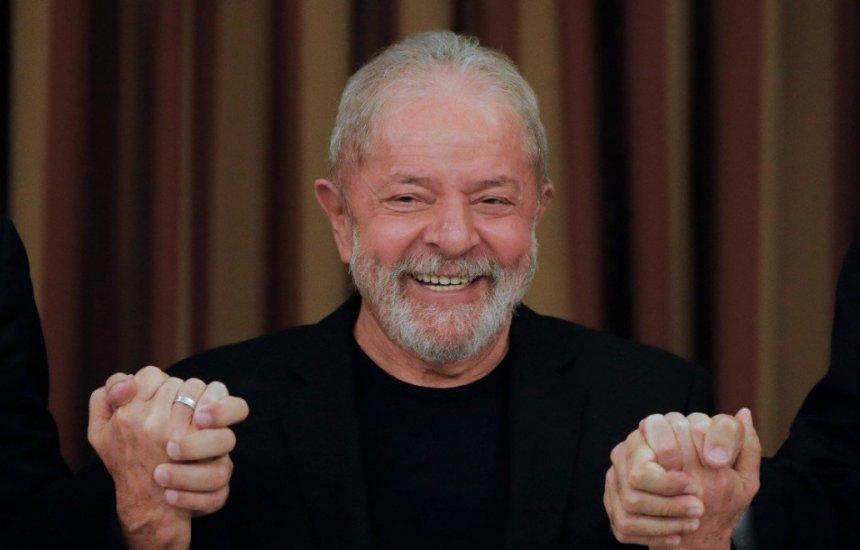 [Datafolha: Lula segue à frente de Bolsonaro e, no 2º turno, tem 56% contra 31%]