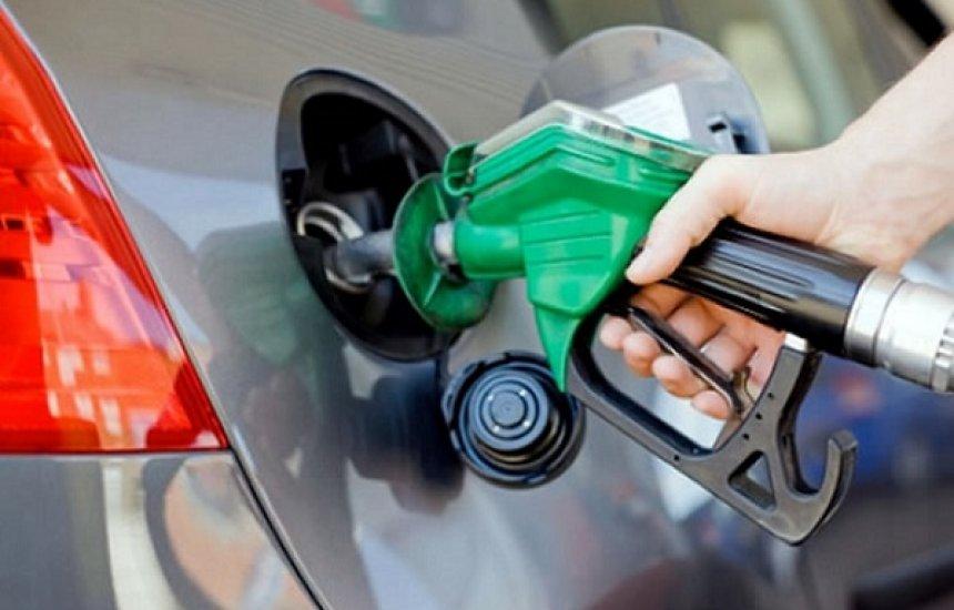 [Rui e mais 19 governadores negam em carta aumento do ICMS da gasolina]