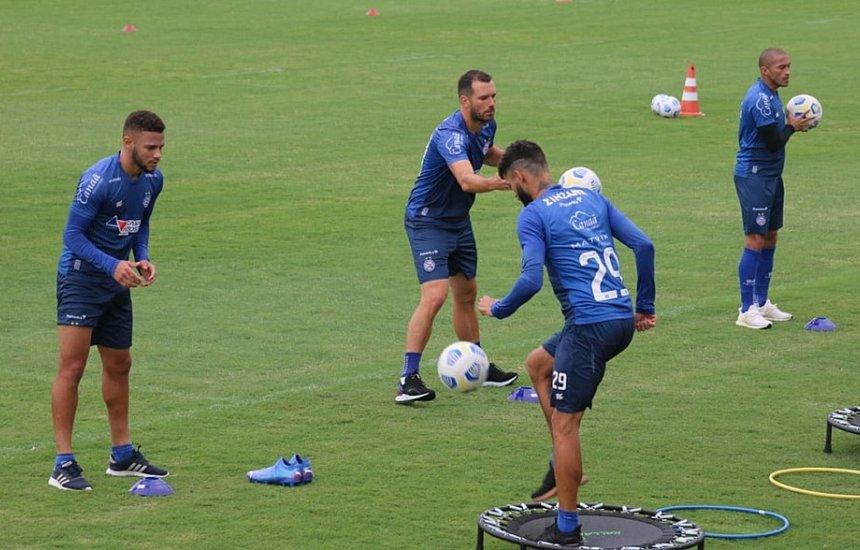 [Com mudança na defesa, Bahia começa a montar time que pega Inter]