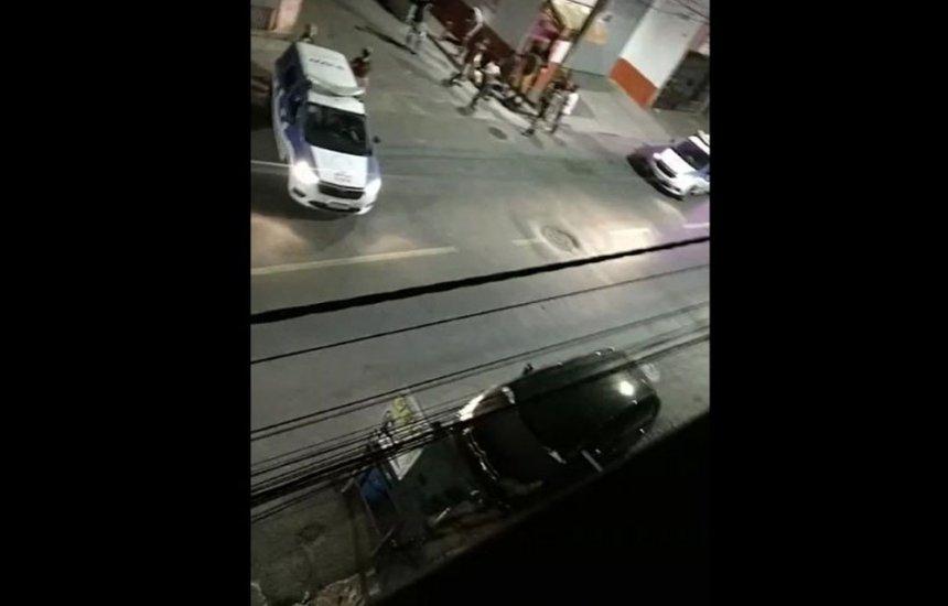 [18 pessoas são baleadas durante festa de rua no bairro do Uruguai; 5 morreram]