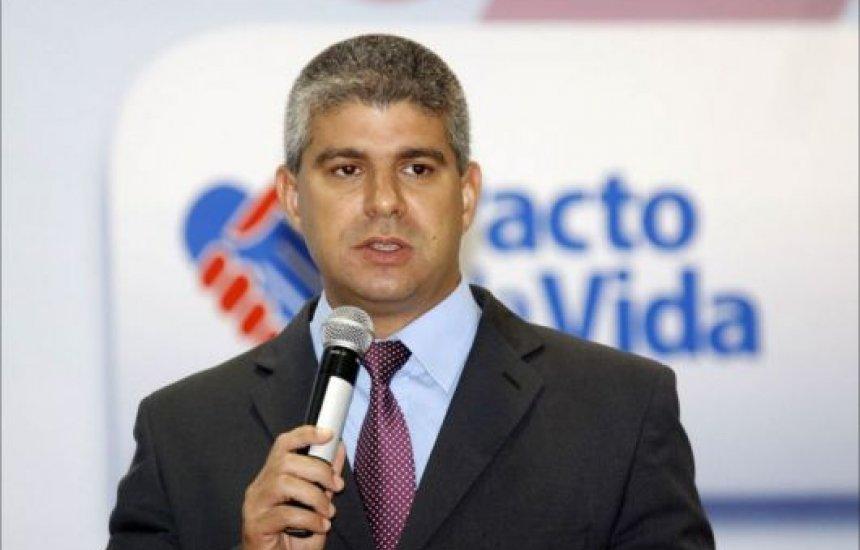 [Ex-secretário da Segurança Pública e Gabriela Macedo retornarão aos cargos de delegados, decide STJ]