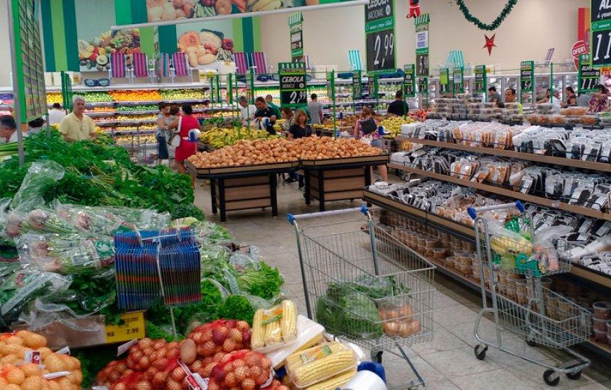Na prévia de outubro, alimentos voltam a ser principal pressão inflacionária na Região Metropolitana
